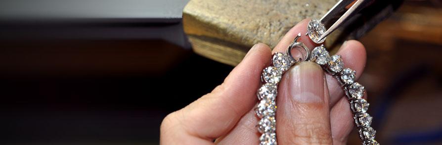 jewellers-bracelet