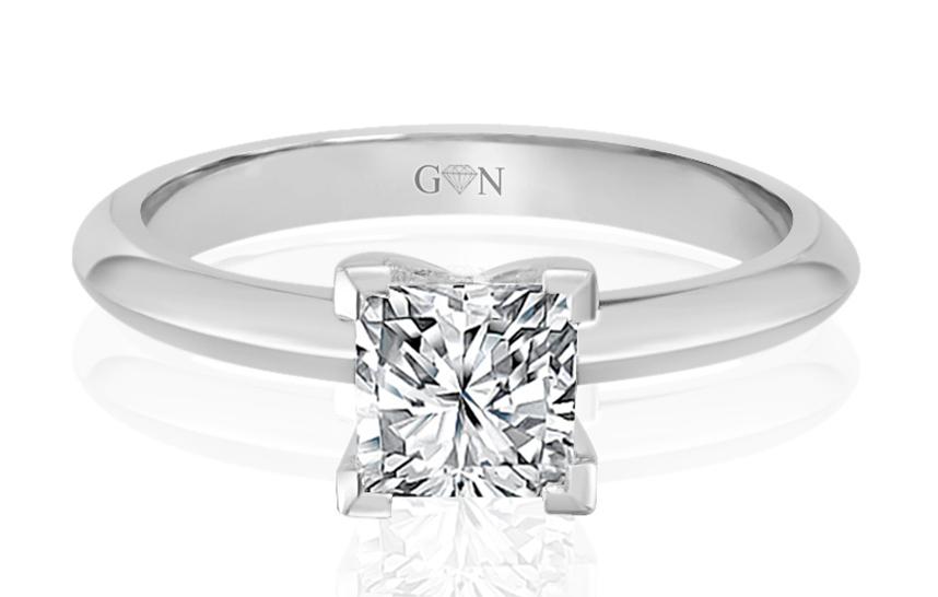 Ladies Solitaire Design Engagement Ring - R792 - GN Designer Jewellers